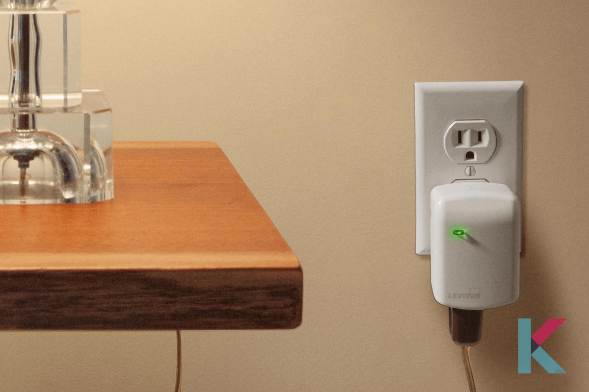 Leviton Decora Smart Plug-in Dimmer
