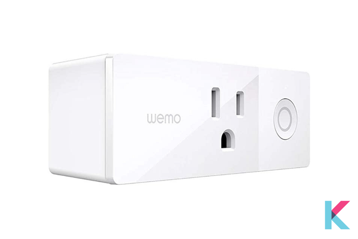 Wemo Mini Smart Plug is a small smart plug with a WiFi connection. It works with Alexa, Apple HomeKit as well as Google Assistant.